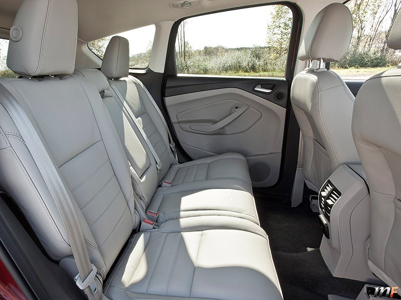 ford escape el nuevo kuga motorfan motorfan. Black Bedroom Furniture Sets. Home Design Ideas