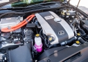 Lexus IS 300h: motor