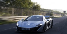 McLaren P1 en el trazado de Nürburgring