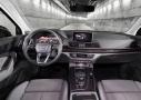 Audi Q5: interior