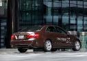 """Mercedes-Benz E400 HYBRID: cuenta con un modo que Mercedes denomina """"de llaneo"""", que le permite circular en carretera a una velocidad constante en condiciones favorables, en un modo totalmente eléctrico."""
